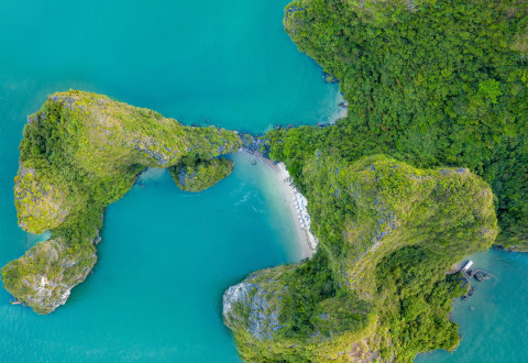 In-depth Halong Bay & Gulf of Tonkin